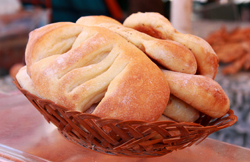 A Taste of Nice: The Pure Nice Food Tour: Fougasse